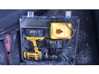 Dewalt still and 2 battery's