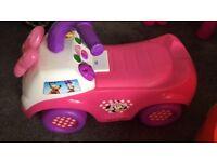 Mini mouse ride on
