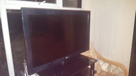 37inch lg tv gd and freeview very good condition