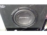 pioneer sub with box