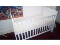 Obaby cot turns into toddler bed + matress