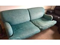 Selling a 3-seater sofa ,blue in great condition