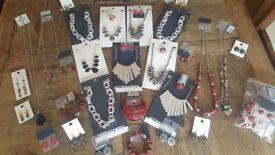 Jewellery accessories job lot