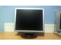 """GNR TS902W 19"""" WSXGA LCD Monitor-Silver/Black-500:1 - 300cd/m2 - 1440x900 - 8ms"""