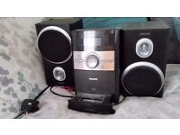 Philips DC146 Micro Hi-Fi System with Ipod Dock