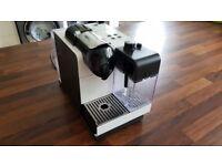 Nespresso Lattissima White (Excellent Condition) - boxed and inc free pods