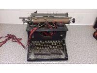 Phillput Imperial Typewriter