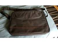 LAPTOP CASE.ZIP COMPARTMENTS. EXCELLENT CONDITION