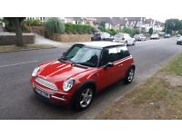 MINI COOPER 1.6 STARTS AND DRIVES GREAT. NICE NIPPY LITTLE CAR CLEAN INSIDE AND OUT BARGAIN £995