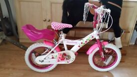 14 inch girls bike for sale in great condition.small rip in saddle.