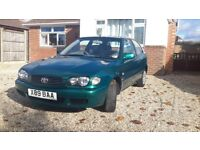 Toyota Corolla 1.4 gs. Electric windows, central locking, air conditioning, new mot,2 owners,