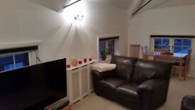 Beautiful spacious 1 bedroom apartment within short walking distance of City Centre. Available now.