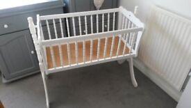 Mamas and Papas Baby Swinging Crib