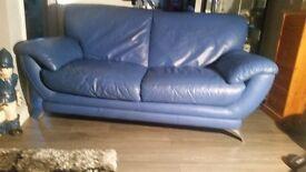 2x matching sofas
