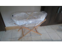 Mamas and Papas new moses basket and stand