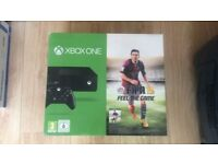 Microsoft Xbox One Console - 500GB - x2 Controllers - 6 Games - BUNDLE
