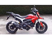 Ducati Hyperstrada 821 (2014/14) - RED