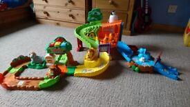 Toot toot safari set with extra animals