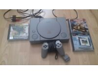 Playstation 1 console + 3 games