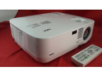 NEC NP510W Projector / Very Bright Image / True Wide Screen 16:9