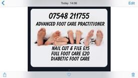 Foot care. Diabetic. Toe nails cut. Hard skin.