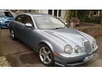 JAGUAR S-TYPE 2.5 V6 AUTO PETROL 02 REG BLUE WITH FULL YEARS MOT