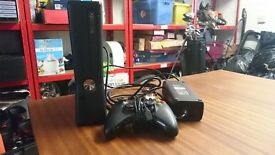 Glossy Black Xbox 360 S 250Gb console VGC slim slimline 250 GB