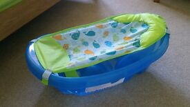 Baby bath with infant insert
