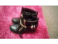 Ladies ankle shoes size 7