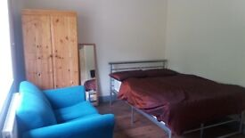 Large double room - C. Palace £495 (bills in)