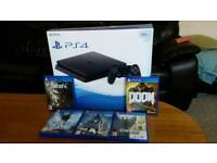 PS4 500 gig with 5 games
