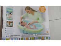 newborn to toddler fold away baby bath in excellent condition