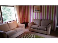 2 bed flat / apartment available for rent from 1st August £400 per month.