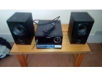 2 philips bluetooth speakers all wires 1 controler 100 for both open 2 ofers