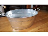 TableCraft Galvanised Steel Drinks Beer Cooler Bucket for parties, BBQs and picnics