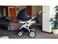 4 in 1 Travel system.