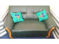 Green leather sofa - Excellent condition