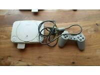 Playstation 1 Slim & Controller