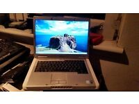 dell inspiron 6400 windows 7 2g memory 80g hard drive wifi dvd drive battery holds a good charge