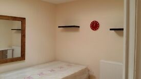 NICE DOUBLE BEDROOM IN BRIXTON HILL