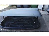 THULE KARRITE ODYSSEY 320L ROOFBOX FOR SALE.