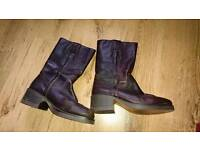 Wrangler leather boots size 6