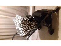 Urbo2 Pushchair/carrycot & car seat kit