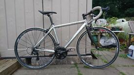 Specialized Allez road bike 105 groupset (2006 frame) 52cm
