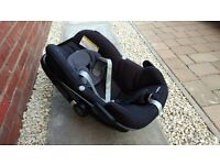 *** Maxi Cosi Pebble - Steam cleaned and ready for use ***