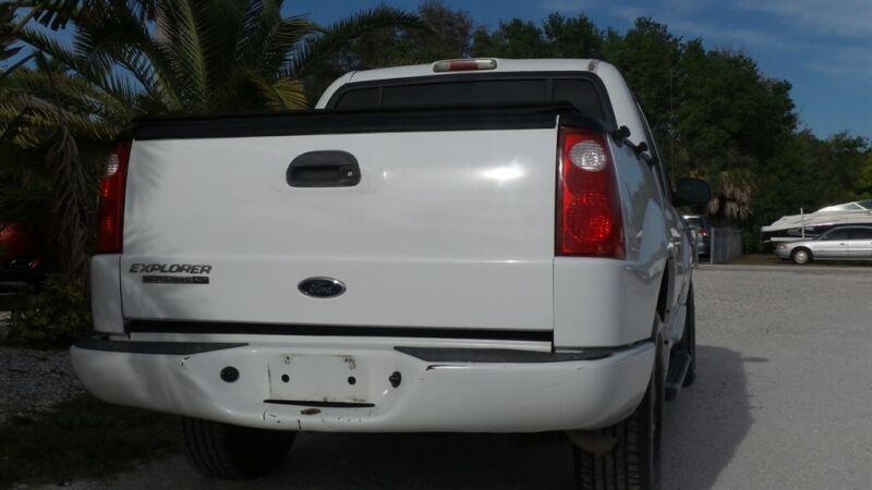Image 7 Voiture Américaine d'occasion Ford Explorer Sport Trac 2004