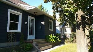 Cute & Cozy 2 Bedroom Home Available Nov 1st – South End