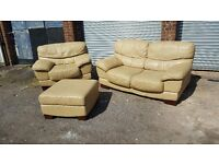 Lovely beige leather 3 piece sofa suite. a bit of wear. can deliver