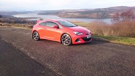 Stunning 2013 red astra vxr very fast car !! Need gone asap !!