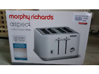 BNIB Morphy Richards 4 slice White Toaster